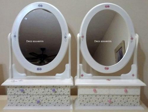 tocador con espejo movil