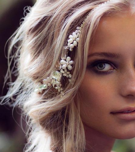 tocados y tiaras para novias
