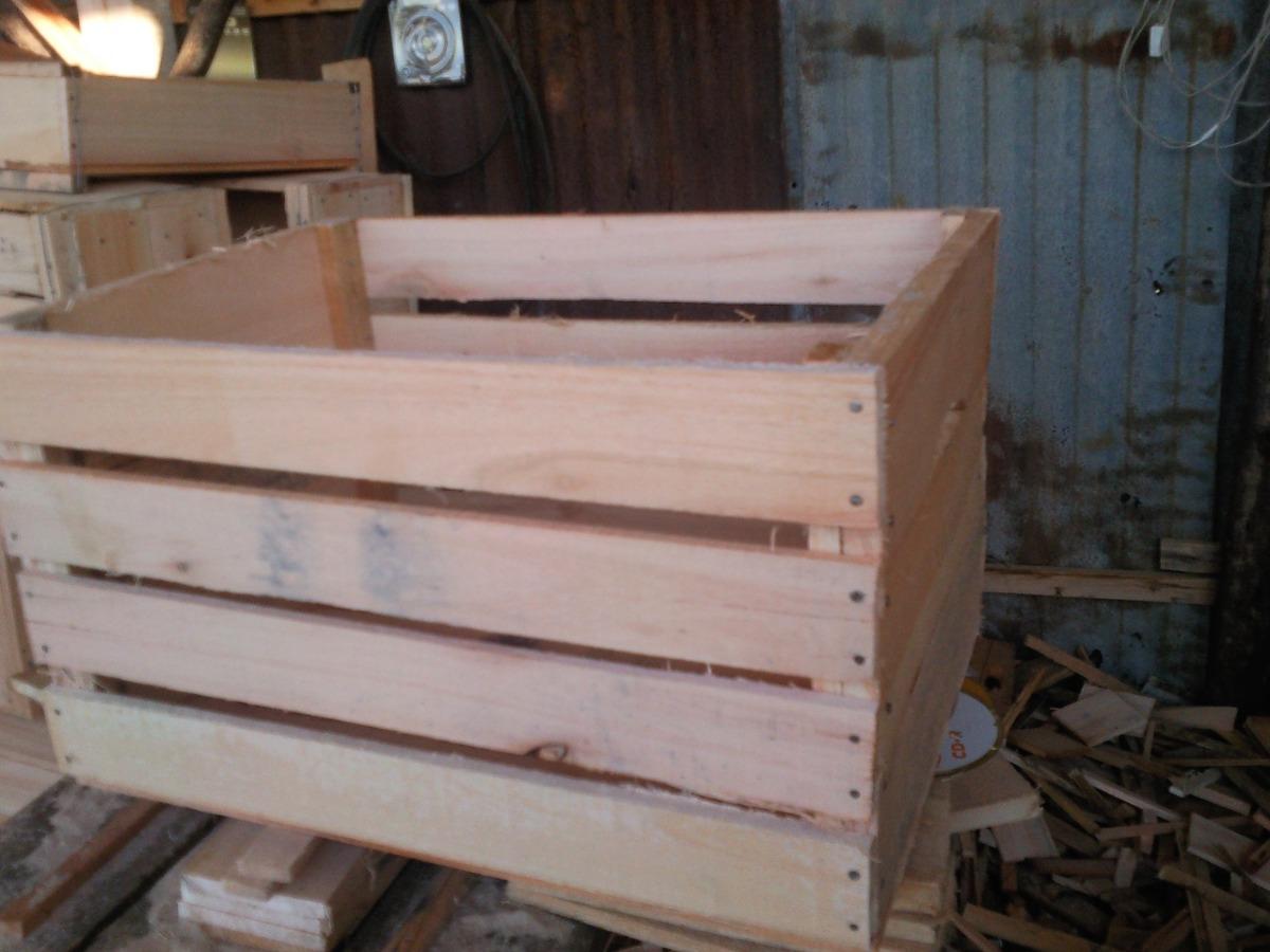 Todo en cajones para frutas verduras en madera 190 00 for Mesa con cajas de fruta