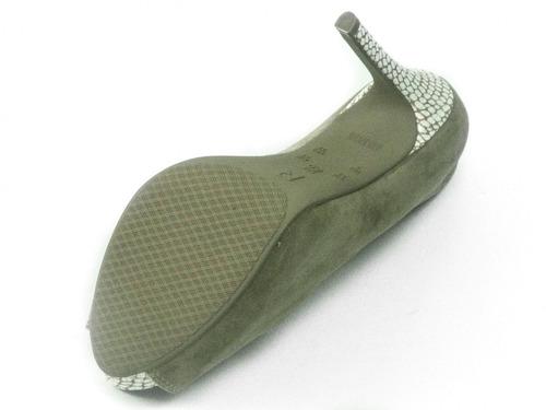 27ef9acf00 Sapato Peep Toe Ramarim Salto Alto E Estampa Croco - R  121