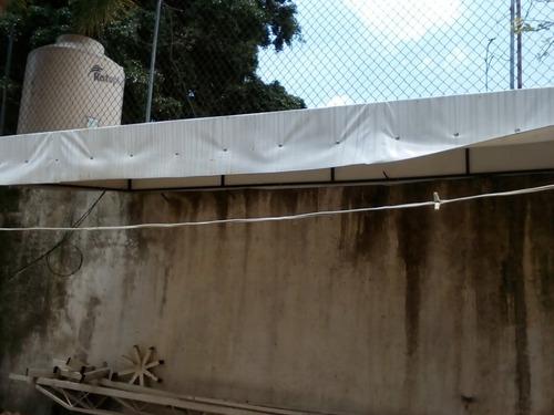 toldo de estructura y lona blanca,la entrega es en persona,