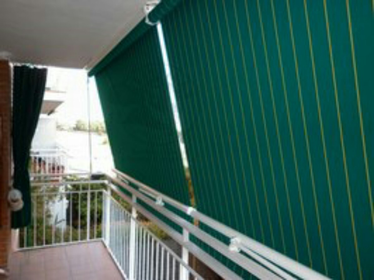 Toldos Bajo Balcones Patios Terrazas Kioscos Ventanas