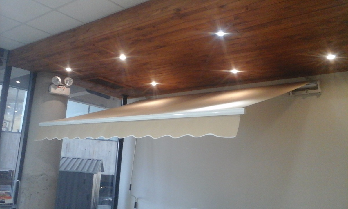 Toldos retr ctiles liquidaci n 3 5x2 5 en for Liquidacion muebles terraza