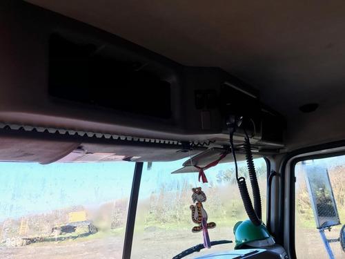 tolva mack gu813 14 mts, sin urea, excelente operativo