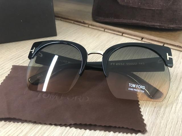 85f395b6b8ef0 Óculos De Sol Tf0552 Tom Ford Preto Feminino - R  279,90 em Mercado ...