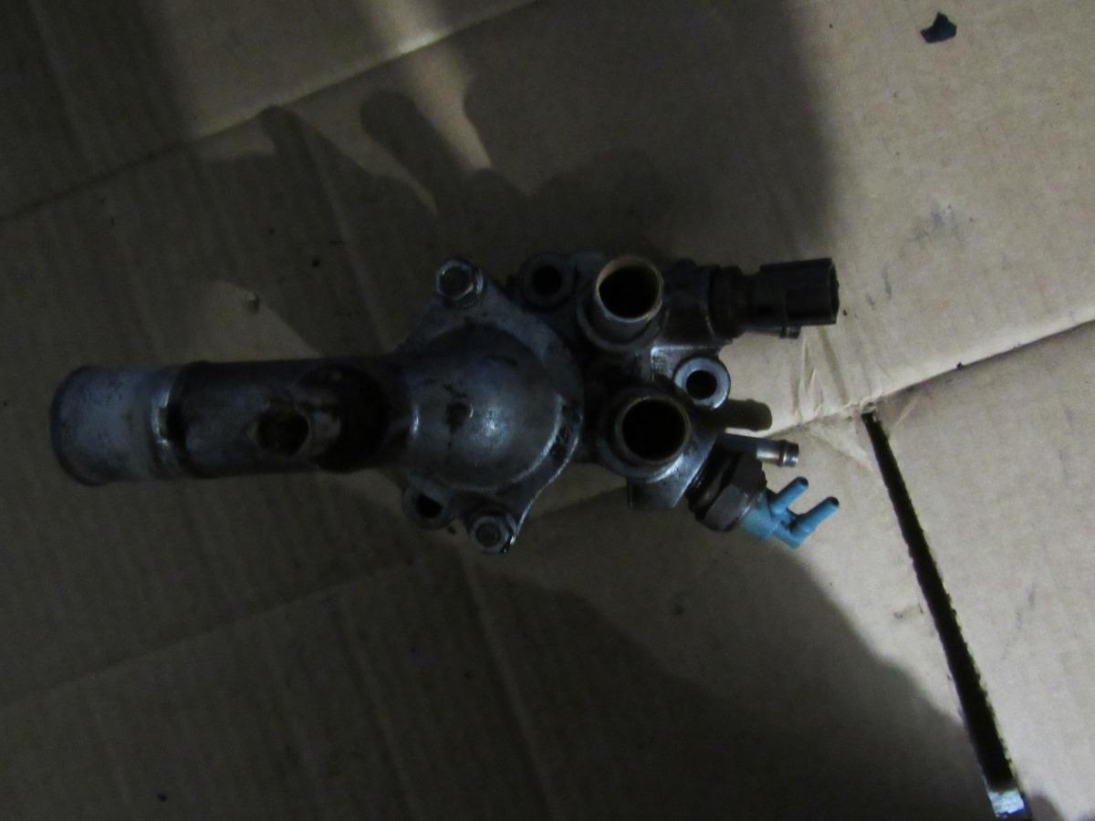 Toma de agua con termostato toyota corolla 93 97 motor 1 8 for Termostato agua