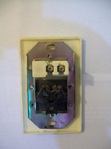 tomacorriente con interruptor completo - electricidad