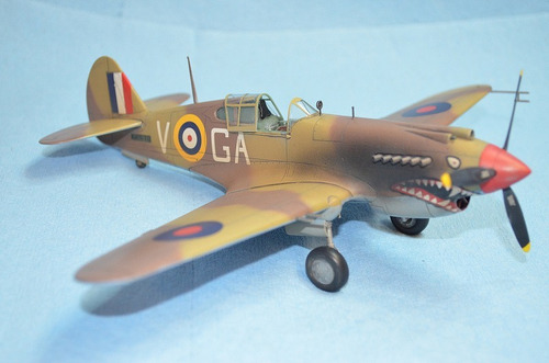 tomahawk ii b ace of african front 1/48 academy 12235