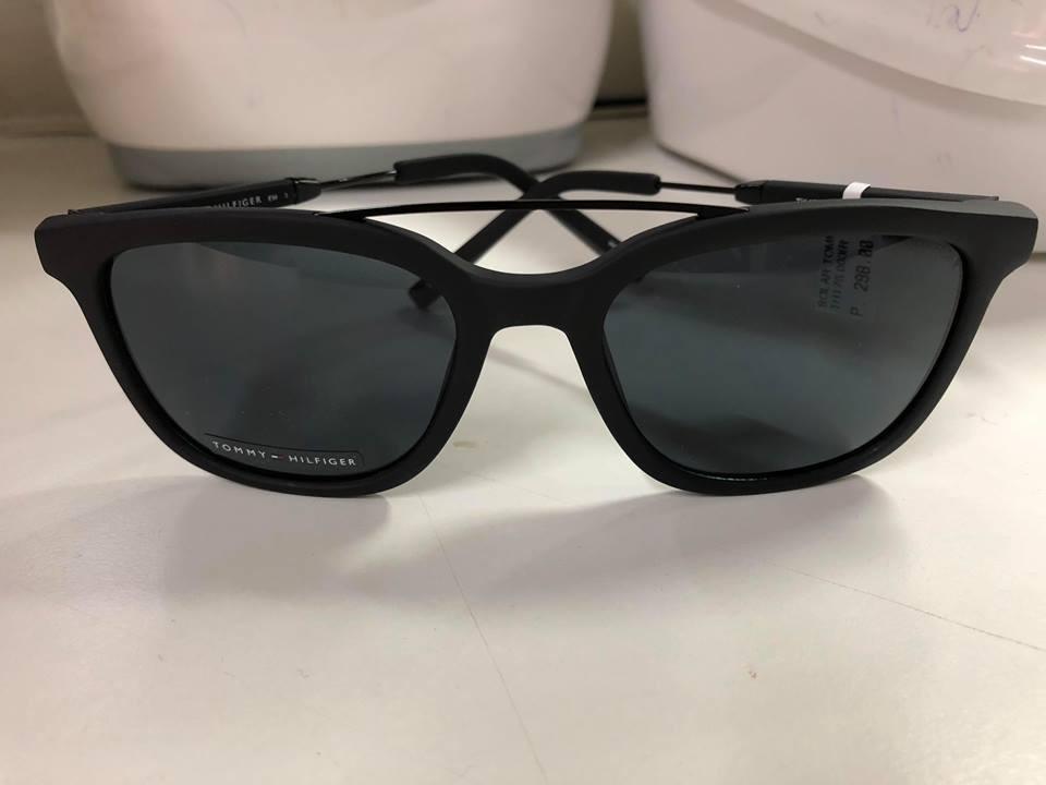 67e96880edaf2 Óculos De Sol Tommy Hilfiger Th175 003ir - R  239,00 em Mercado Livre