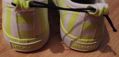 tommy hilfiger zapatillas para niñas! tallas 8 usa/ 10 usa