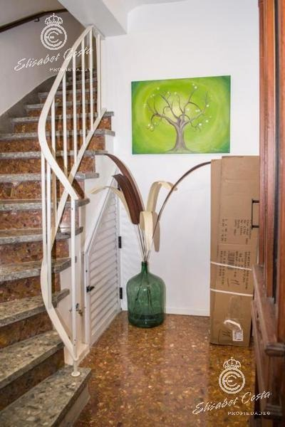 tomo depto en parte de pago 1 amb o 2 amb. dpto primer piso por escalera 5 ambientes apto credito