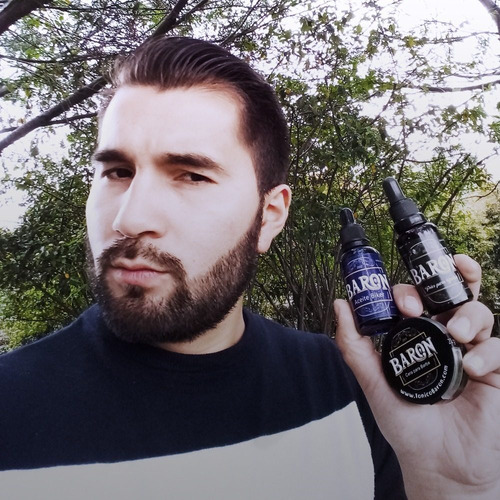 tonico baron, barba larga y poblada, original