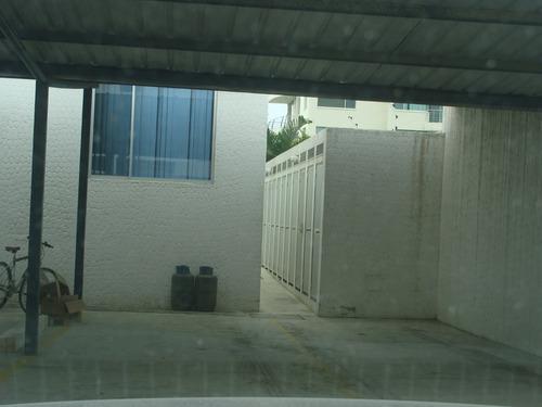 tonsupa. arriendo departamento, piscina, 2 garages, 3 baños