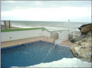 tonsupa hermoso penhouse dúplex frente al mar