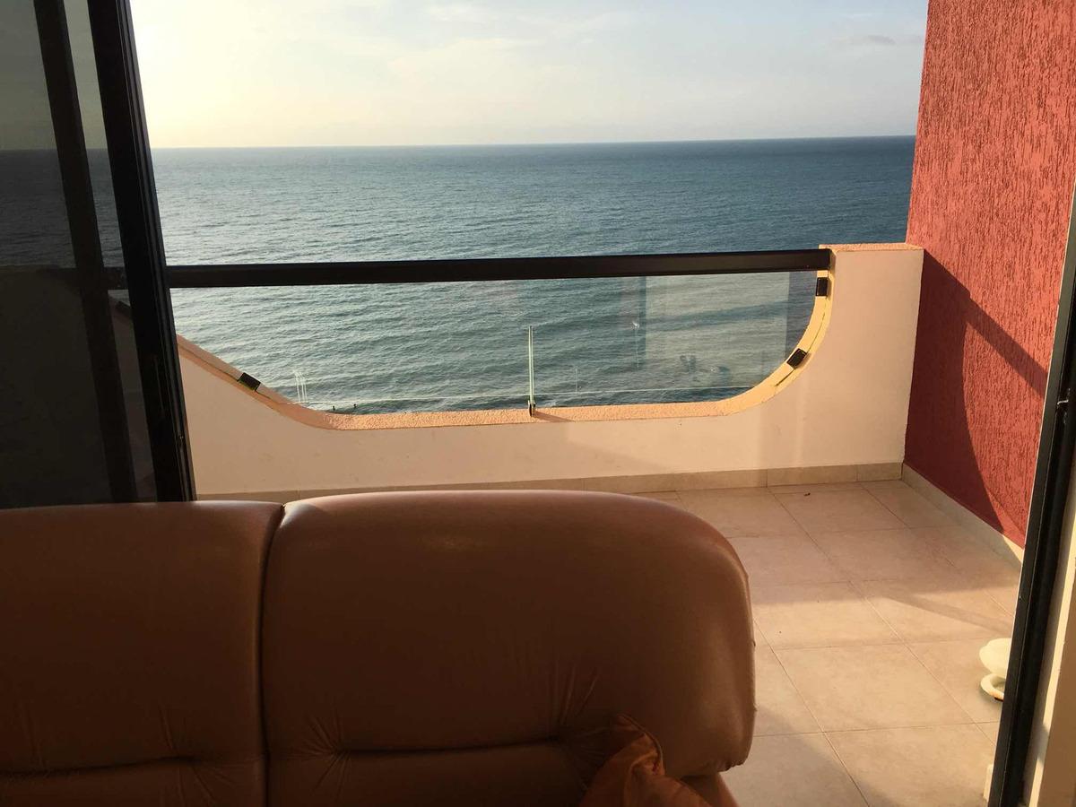 tonsupa rento penhouse duplex frente al mar