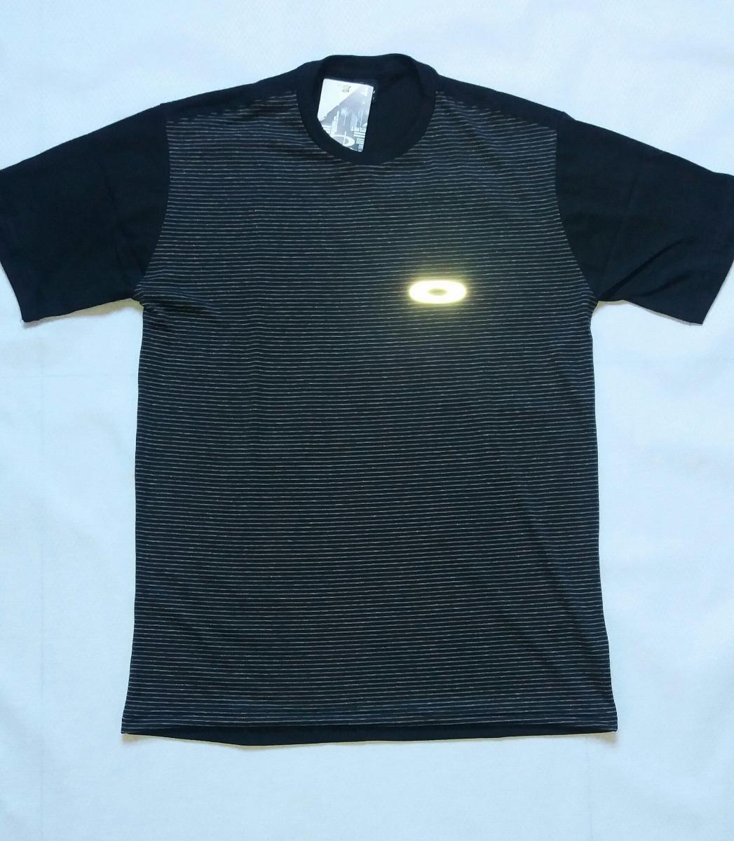 Top Camiseta Oakley Masculina Nova Camiseta Oakley Refletiva - R  38 ... 0cfe590fec527