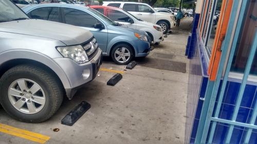 tope de estacionamiento chico