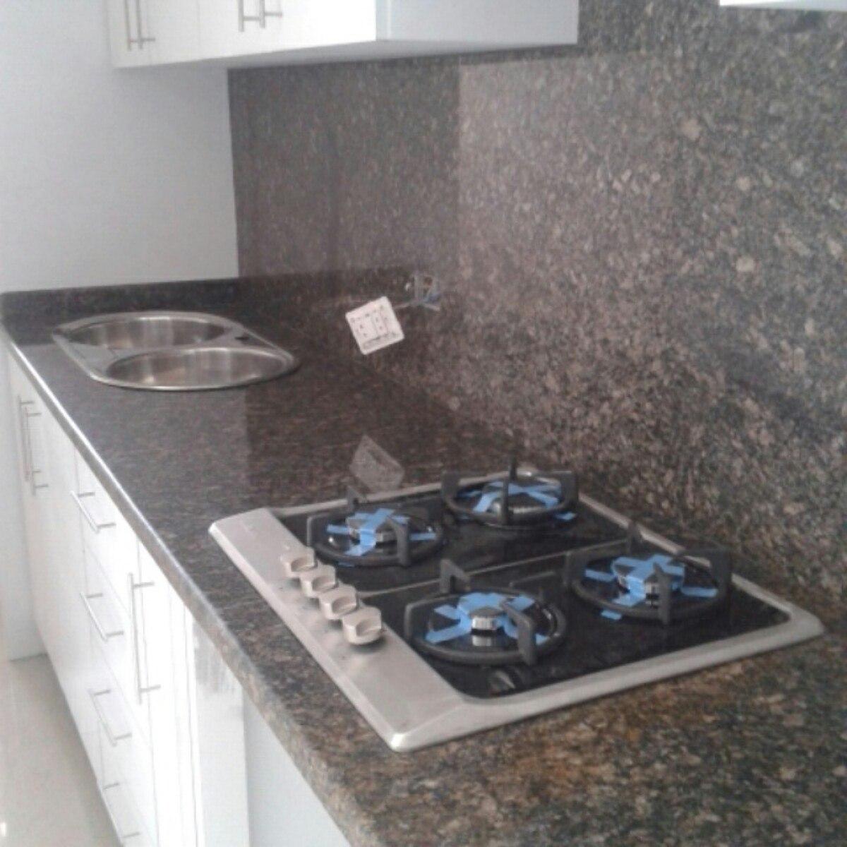 Topes de cocina en marmol granitos y cuarzo en mercado for Instalacion de marmol y granito