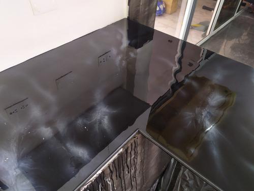 topes de  porcelanato liquido