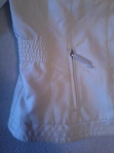 topissima chaqueta ecocuero blanca talla m