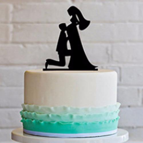 topo bolo acrílico preto casamento noivado casal grávida 1a