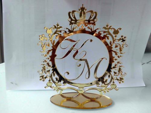 topo de bolo em acrilico 2mm espelhado (dourado)