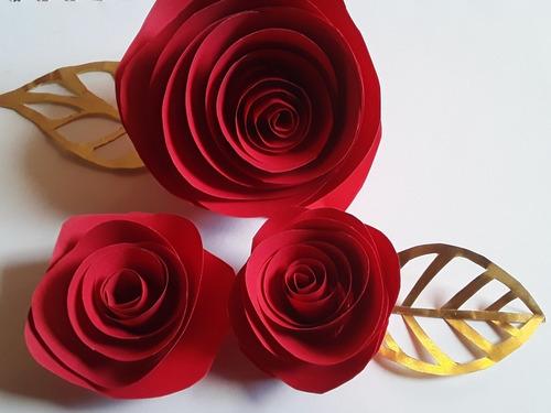 topo de bolo flor espiral vermelha