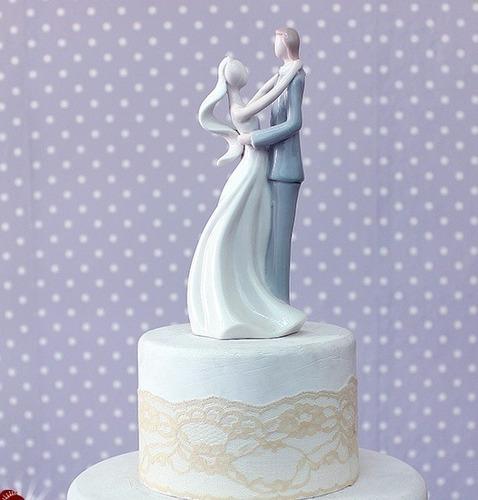 topo de bolo noivos noivinhos de porcelana importada premium
