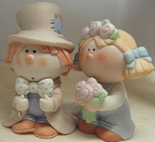 topo de bolo para casamento em porcelana