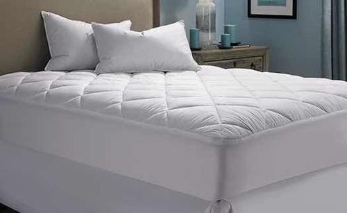 topper cubre colchón queen blanco