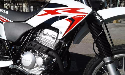 tornado 250 motos