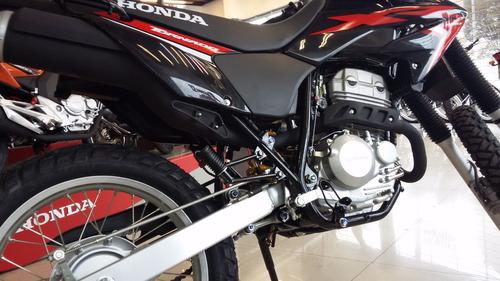 tornado moto honda 250