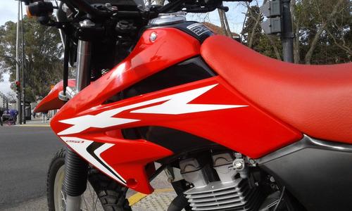 tornado motos honda 250