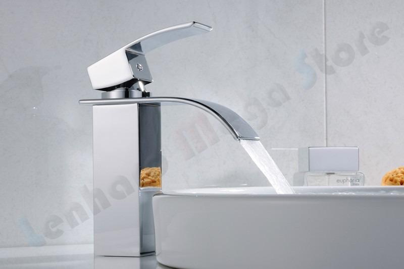 Torneira Com Bica, Monocomando Com Misturador Para Banheiro  R$ 306,26 em Me -> Torneira Banheiro Simples