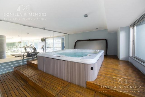 torre 360, 3 dormitorios, 2 baños, toilette, cocina americana, balcón