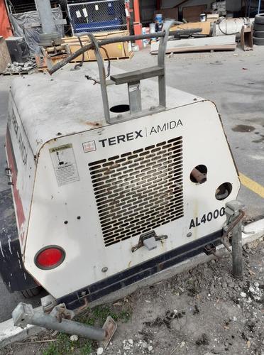 torre de iluminación marca terex amida modelo al4000