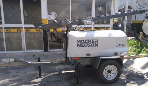 torre de iluminación wacker neuson diesel lombardini