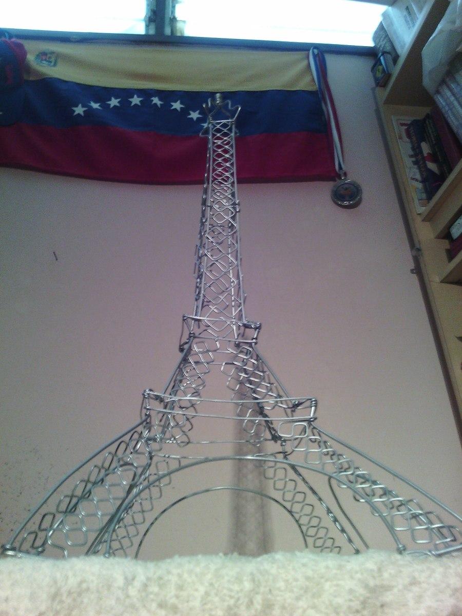 Torre Eiffel En Alambre Y Algo M 225 S Bs 300 00 En Mercado