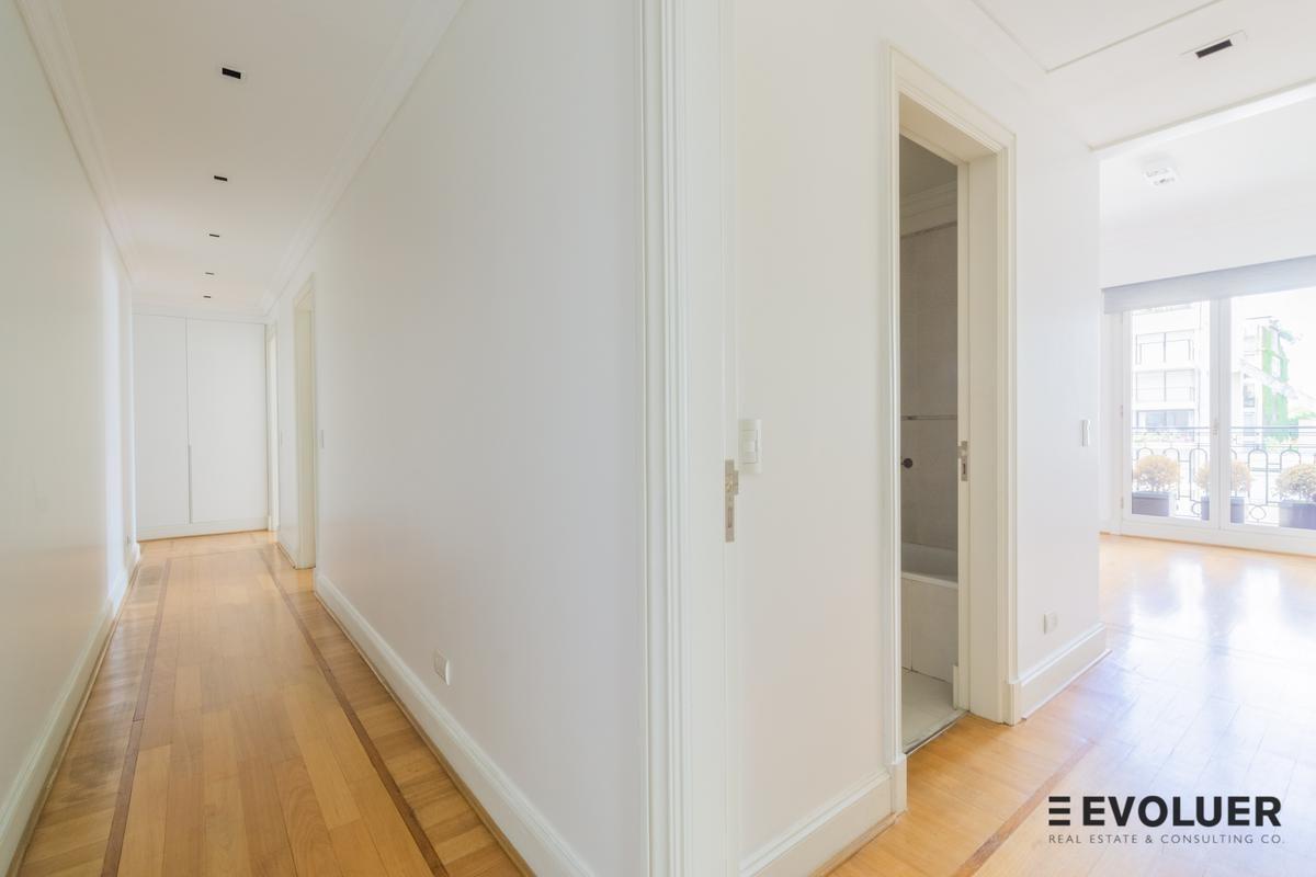 torre grand bourg, 256 m², impecable, 2 cocheras, palermo chico