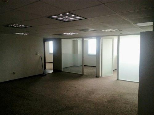 torre lexus oficina en cuarto piso con excelente iluminación y hermosa vista.