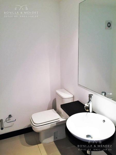 torre lobos, con financiación!! 3 suites, toilette y dependencia