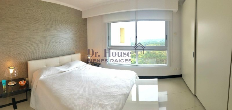 torre lobos piso 18, 3 suites + dep de servicio-ref:167
