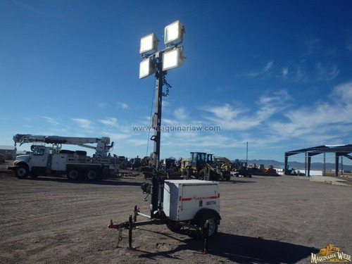 torre luz luminaria magnum 30 ft 6 kw 7.50 kva 9573