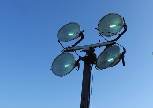 torre / planta de iluminación, wacker neuson 6 kw c/4 lamp