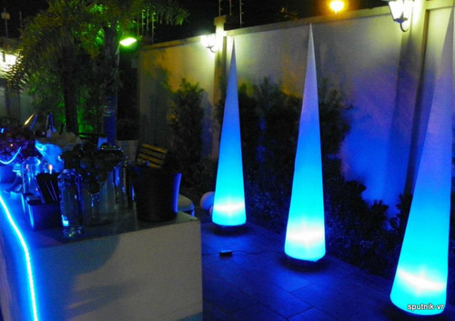 torre sputnik cone 1.80mt,debutantes,dj,casamento,barman