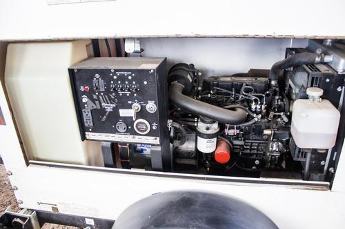 torres de luz magnum pro mtl3060 2011 diesel 4000 watts