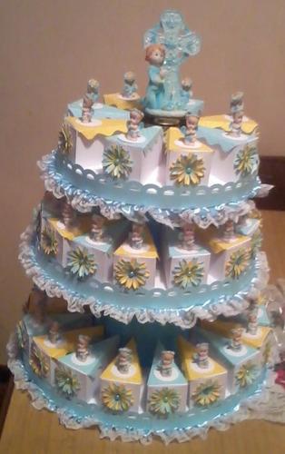 torta de cajitas recuerditos para bautizo