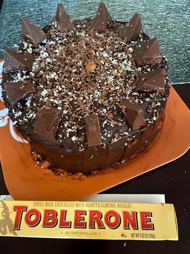 torta de chocolate 8 - 12 porciones