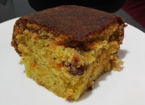 torta de zanahoria con nuez casera y fresca