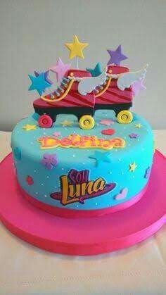 torta soy luna+ cupcakes a solo s/.160